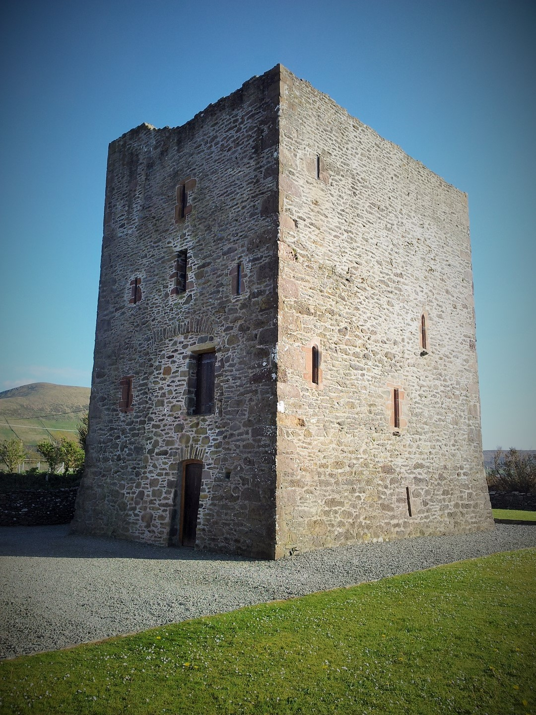 Gallarus Castle, Dingle Peninsula Day Tour with Rose Travel